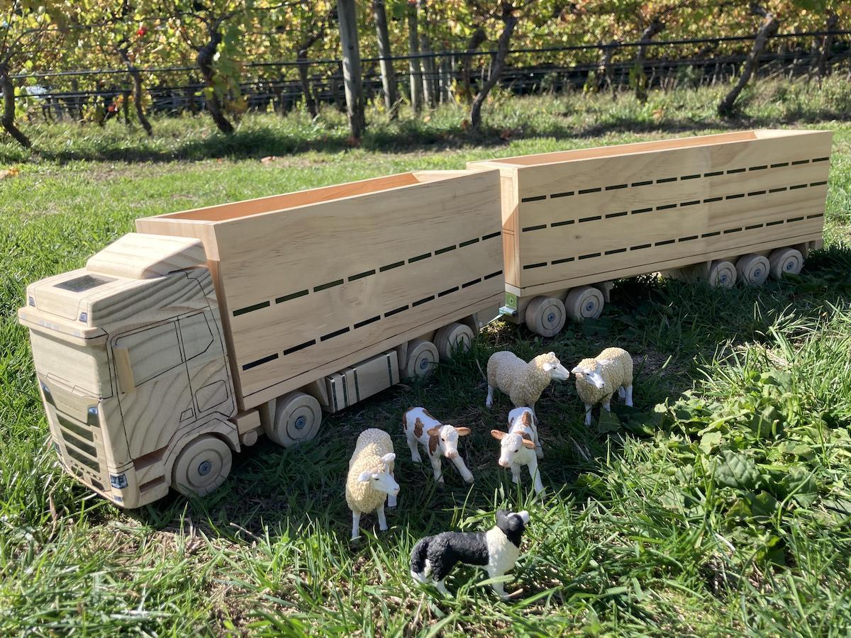 Wooden Livestock Truck & Animals